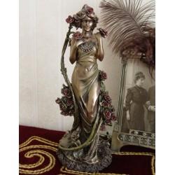 Statueta Art nouveau cu o femeie cu trandafiri