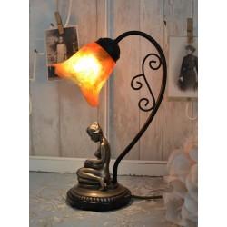 Lampa Art Deco cu o femeie cu abajur lalea