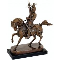 Razboinic calare-statueta din bronz pe un soclu din marmura